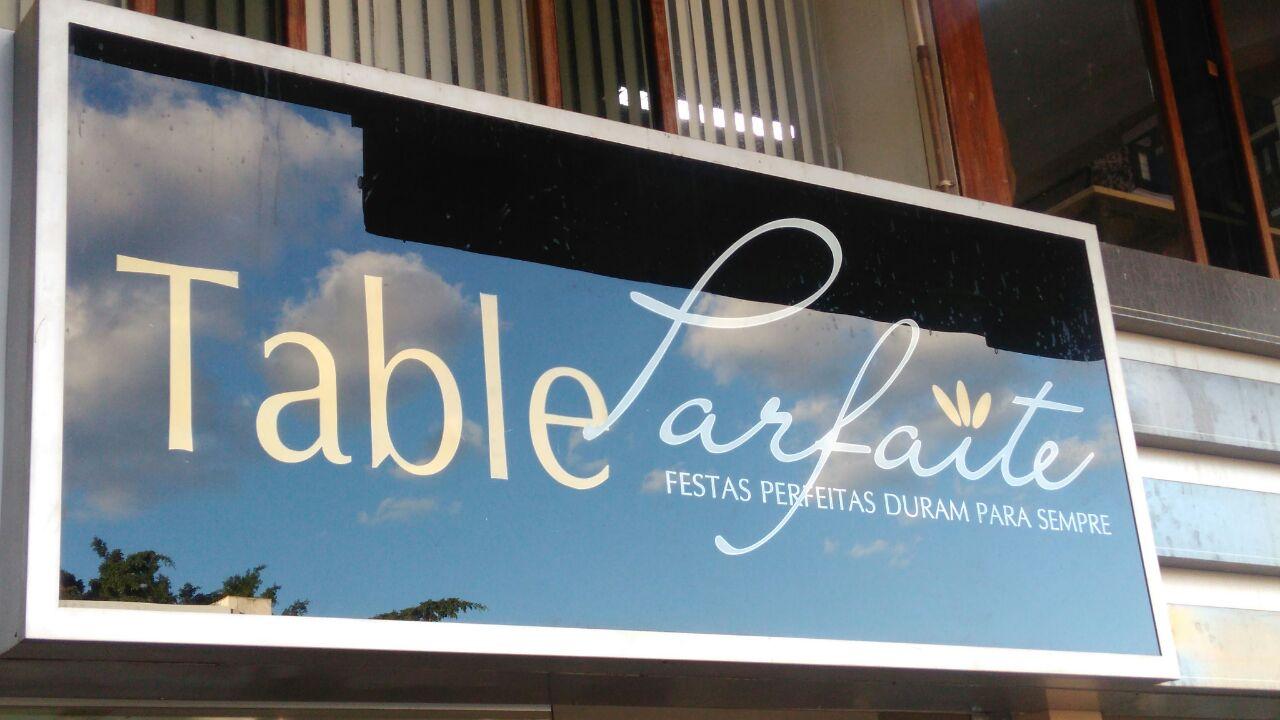 Table Larfaite, Festas perfeitas duram para sempre, CLN 201, Bloco B, Asa Norte, Comércio Brasilia