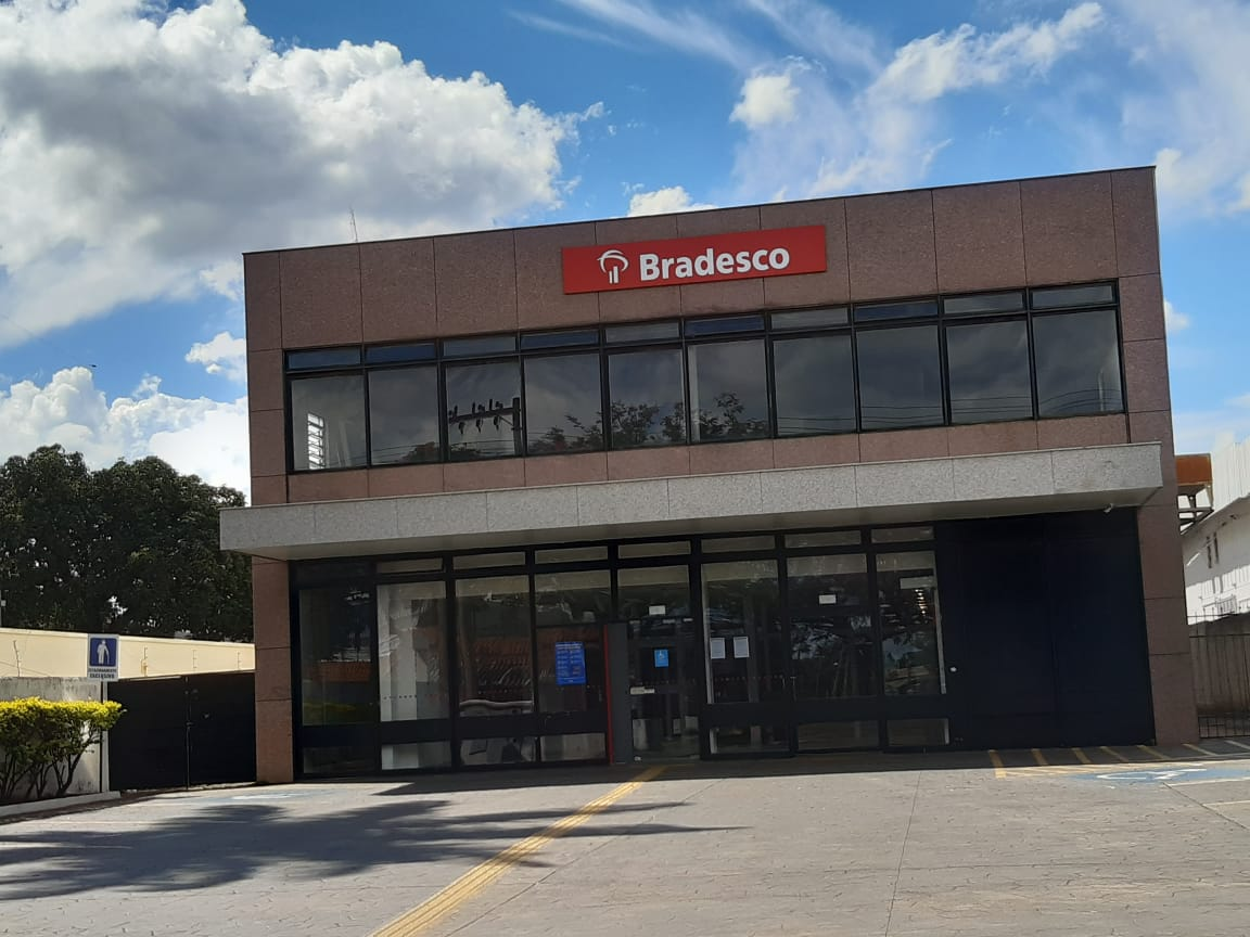 Bradesco, Agencia SIA Trecho 2, Comercio Brasilia