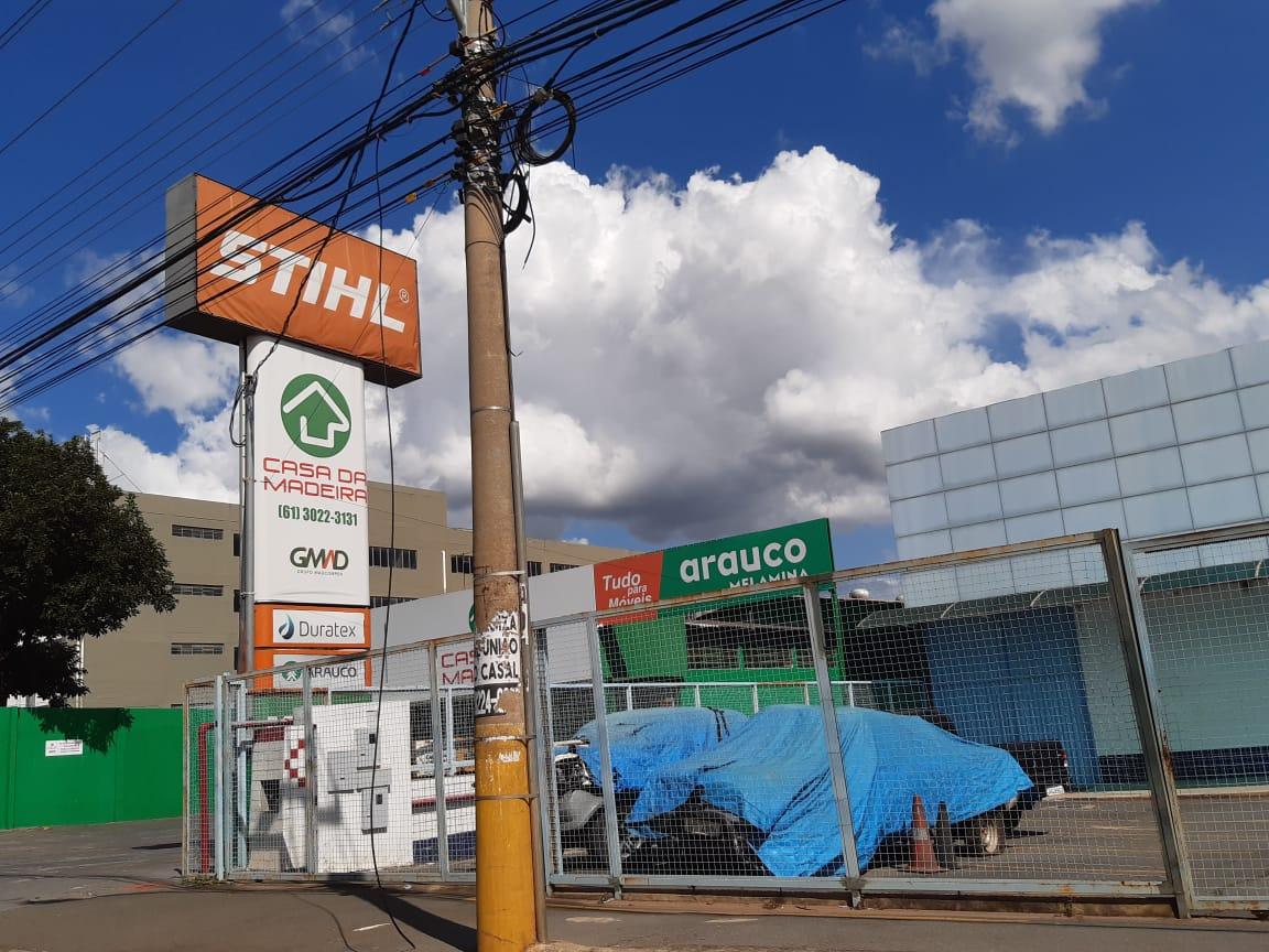 Casa da Madeira, SIA Trecho 2, Comercio Brasilia