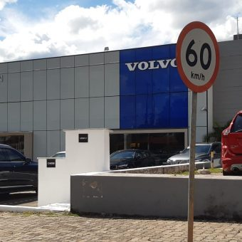 Champion Volvo, SIA Trecho 2, Comercio Brasilia-