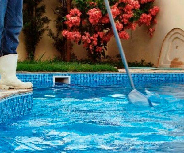 Limpeza de piscina em brasilia