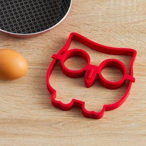 Forma de Ovo de Silicone Coruja Task Vermelha 12x11cm