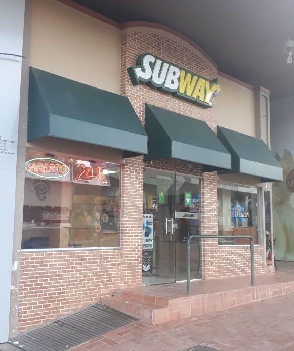 Sub Way da 405 Sul, Rua dos Restaurantes, Bloco D, Comércio do DF