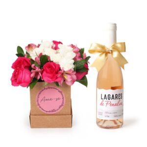 Vinho Rosé 375ml + Arranjo Ame-Se em Caixa M